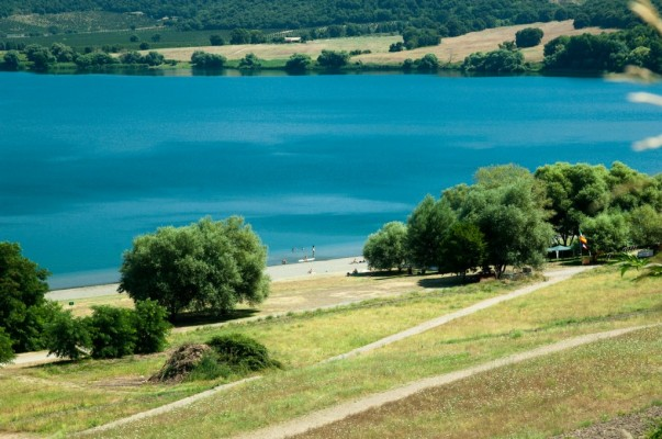 intorno-al-lago-di-martignano-1024x679